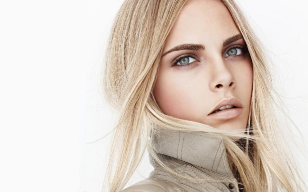 burberry-beauty-ss-2011-cara-delevingne1