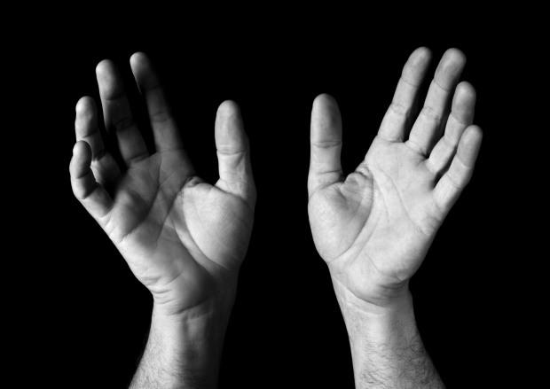 Flygyal-Hands