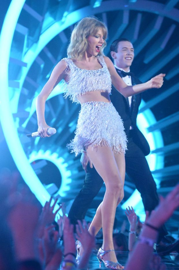 Taylor swift perf